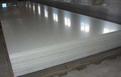 不锈钢板材料与其他金属材料的比较(上)