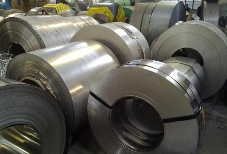 不锈钢板制品在不同酸碱介质环境中的应用